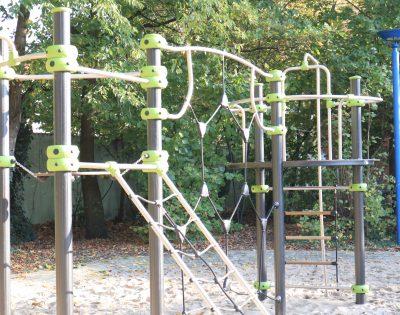 Gesamtschule Wanne-Eickel Klettergeruest 5-6