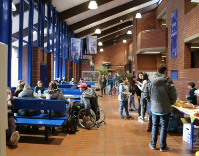 Gesamtschule Wanne-Eickel Tag der offenen Tür 2019 Pausenhalle
